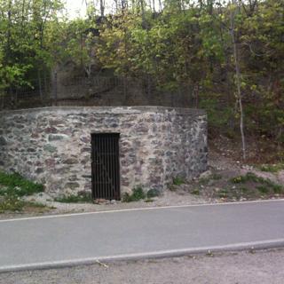 Adverb Bunker